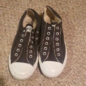 Size 7.5 gray converse unisex